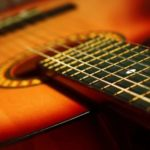 Take acoustic guitar lessons online